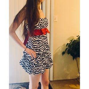 Dresses & Skirts - Zebra Design Dress